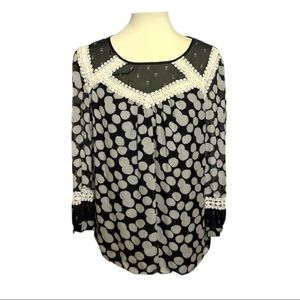 Anthropologie Lief Notes Silk Blouse Lace Trim 10